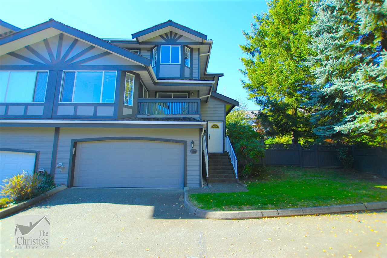 "Main Photo: 116 1685 PINETREE Way in Coquitlam: Westwood Plateau Townhouse for sale in ""THE WILTSHIRE"" : MLS®# R2117168"