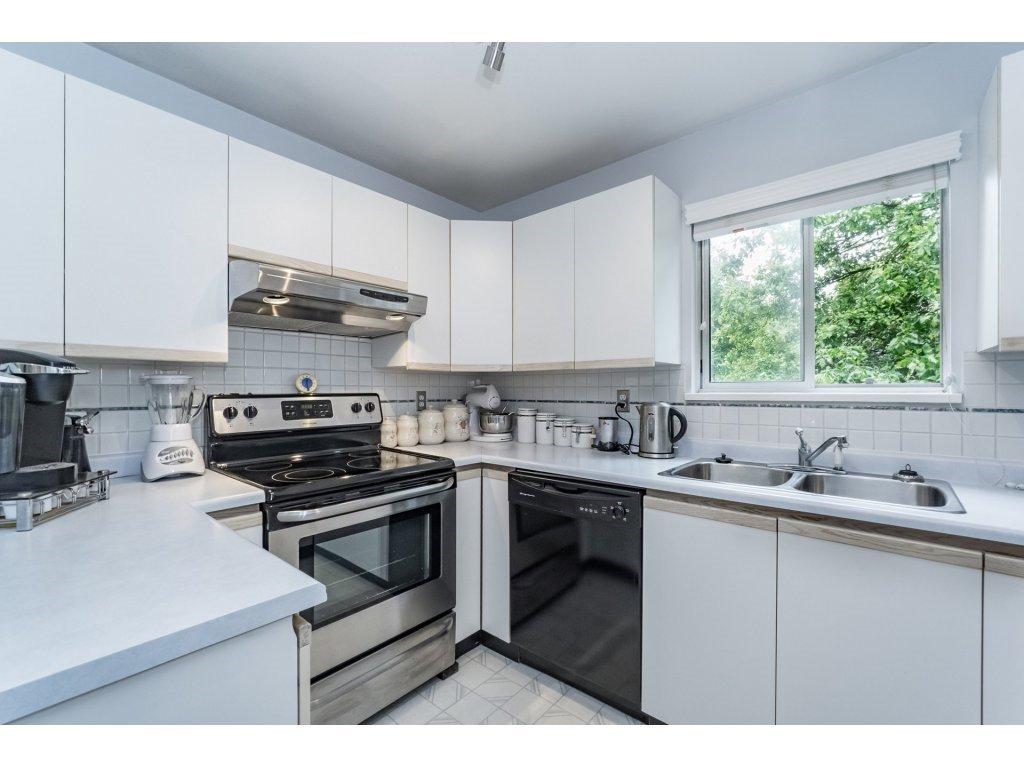 "Photo 9: Photos: 214 2401 HAWTHORNE Avenue in Port Coquitlam: Central Pt Coquitlam Condo for sale in ""STONEBROOK"" : MLS®# R2175364"