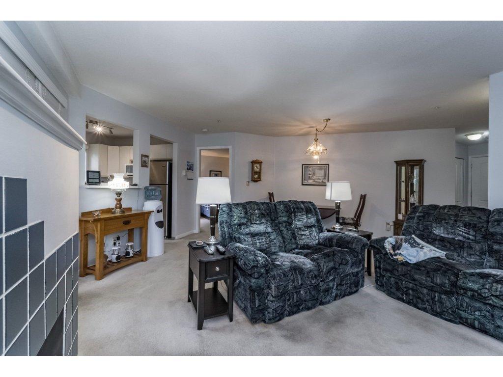 "Photo 5: Photos: 214 2401 HAWTHORNE Avenue in Port Coquitlam: Central Pt Coquitlam Condo for sale in ""STONEBROOK"" : MLS®# R2175364"
