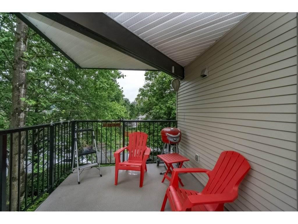 "Photo 2: Photos: 214 2401 HAWTHORNE Avenue in Port Coquitlam: Central Pt Coquitlam Condo for sale in ""STONEBROOK"" : MLS®# R2175364"