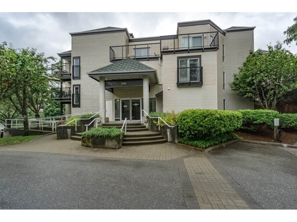 "Main Photo: 214 2401 HAWTHORNE Avenue in Port Coquitlam: Central Pt Coquitlam Condo for sale in ""STONEBROOK"" : MLS®# R2175364"