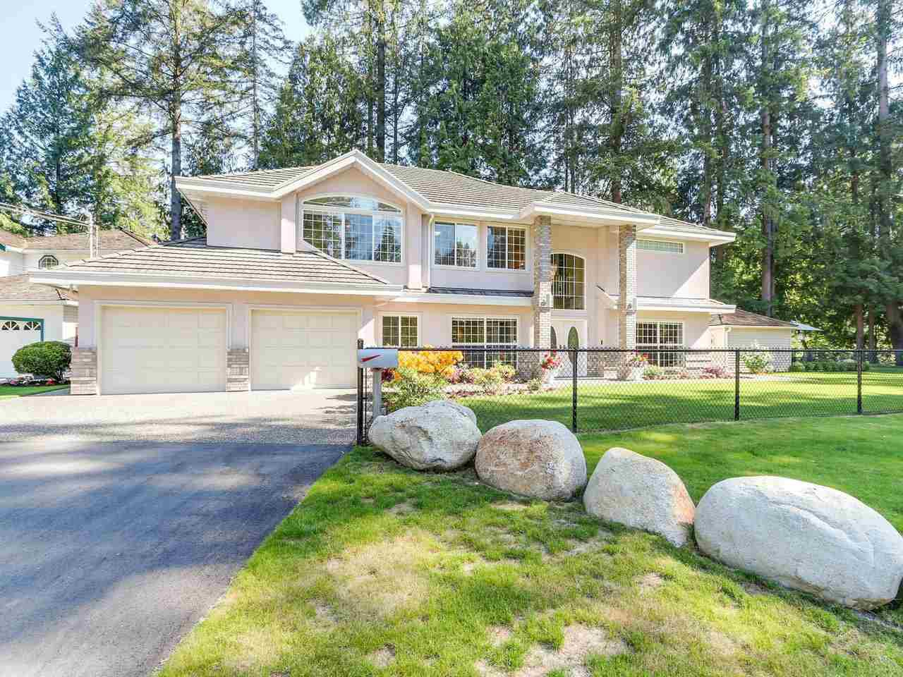 Main Photo: 23575 DOGWOOD Avenue in Maple Ridge: East Central House for sale : MLS®# R2195573