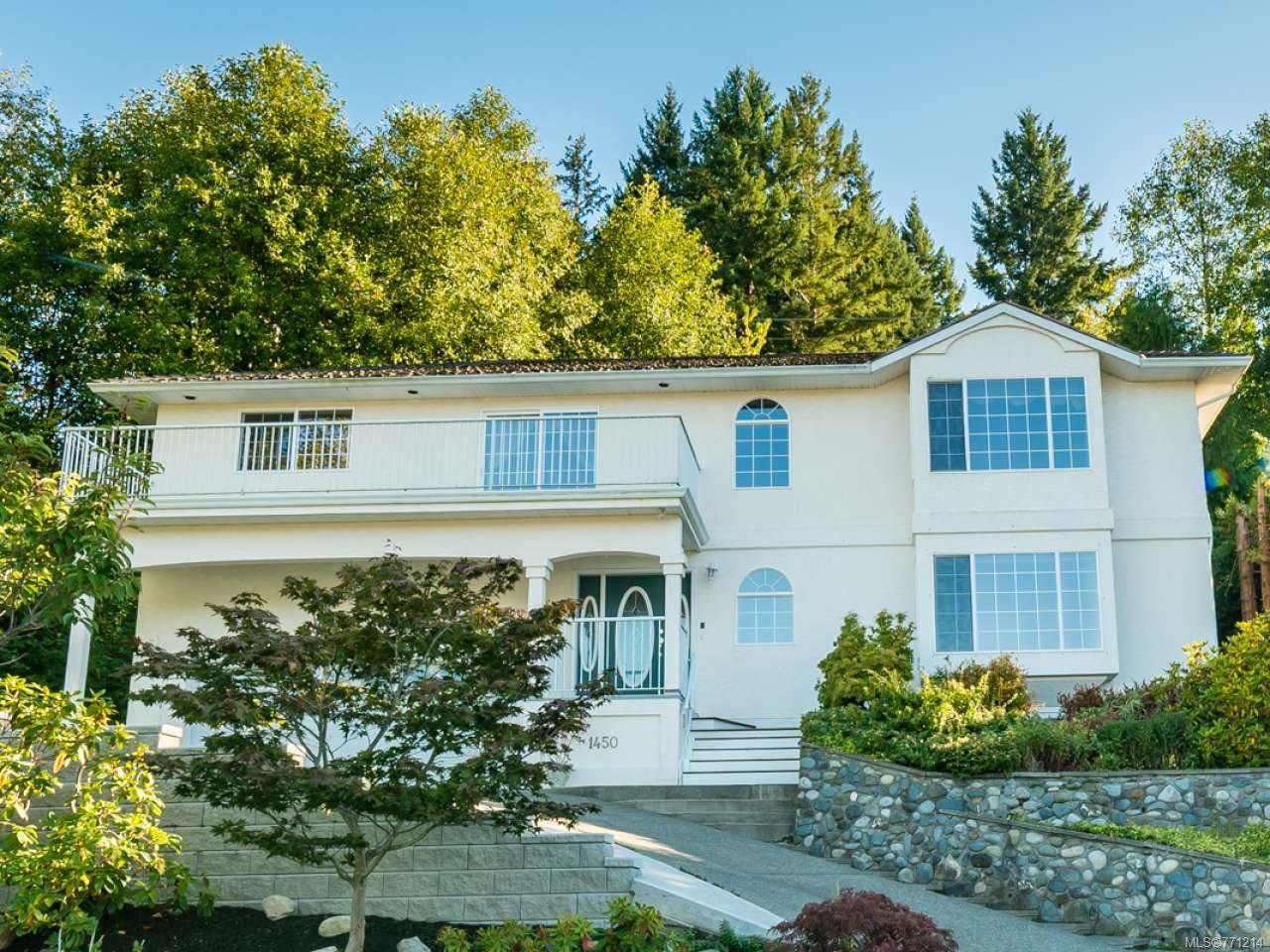 Main Photo: 1450 Farquharson Dr in COURTENAY: CV Courtenay East House for sale (Comox Valley)  : MLS®# 771214