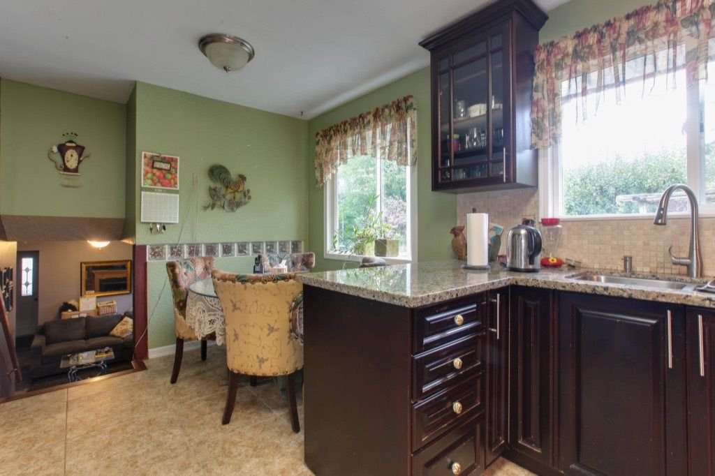"""Photo 7: Photos: 8730 MCLEAN Street in Mission: Mission-West House for sale in """"Sliverdale & Slivermere"""" : MLS®# R2212425"""