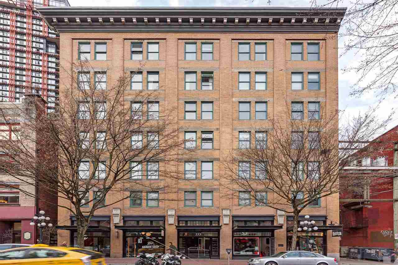 """Main Photo: 701 233 ABBOTT Street in Vancouver: Downtown VW Condo for sale in """"ABBOTT PLACE"""" (Vancouver West)  : MLS®# R2237351"""