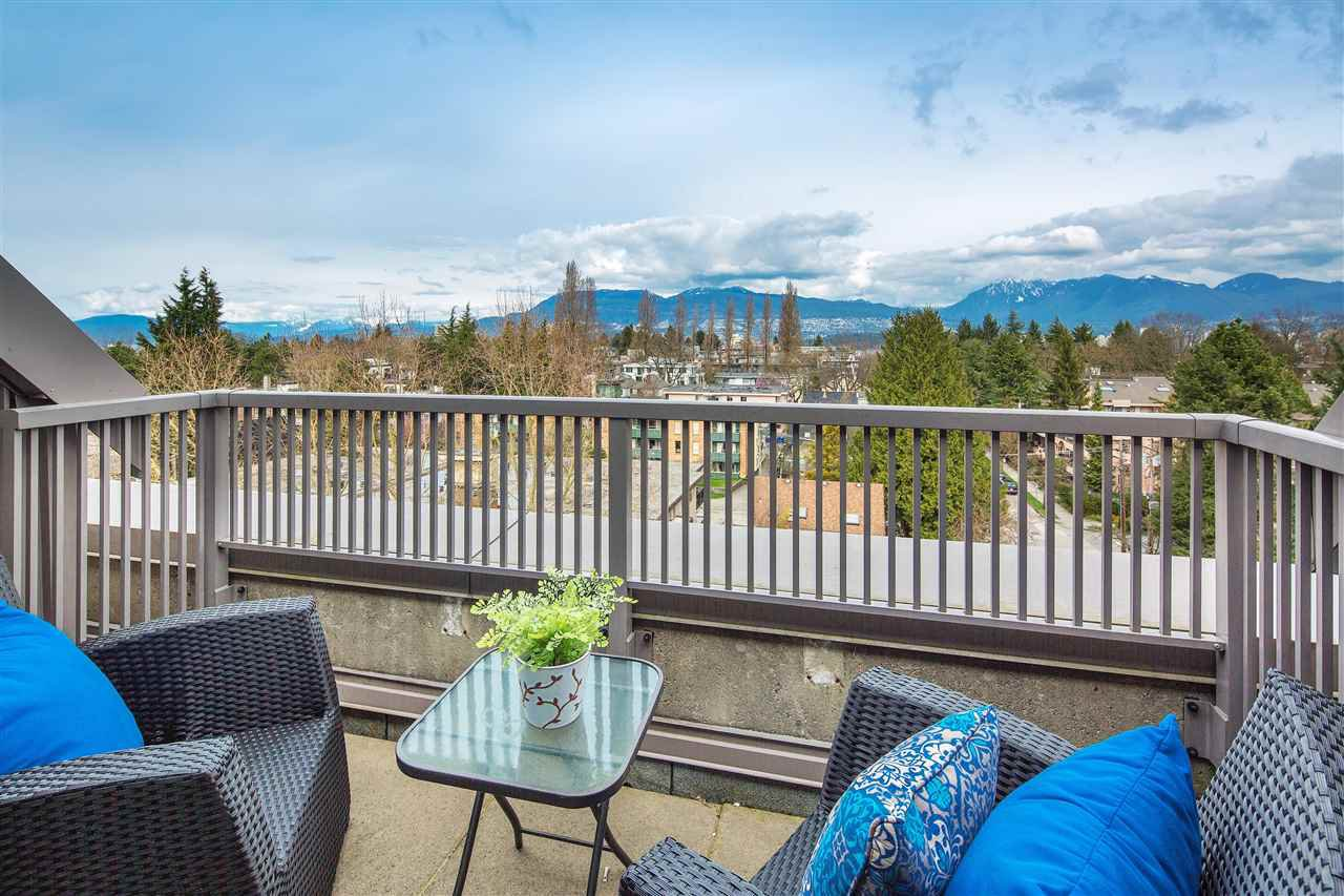 "Photo 17: Photos: 702 2483 YEW Street in Vancouver: Kitsilano Condo for sale in ""NEW POINTE TERRACE"" (Vancouver West)  : MLS®# R2264721"