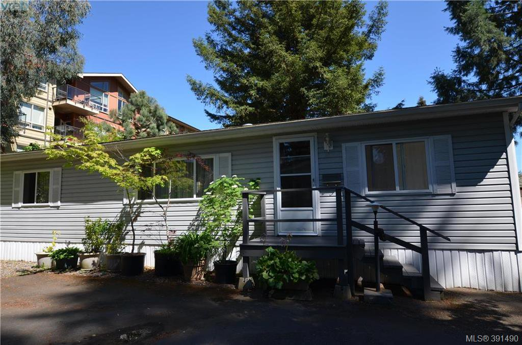 Main Photo: 16 848 Hockley Ave in VICTORIA: La Langford Proper Manufactured Home for sale (Langford)  : MLS®# 786925