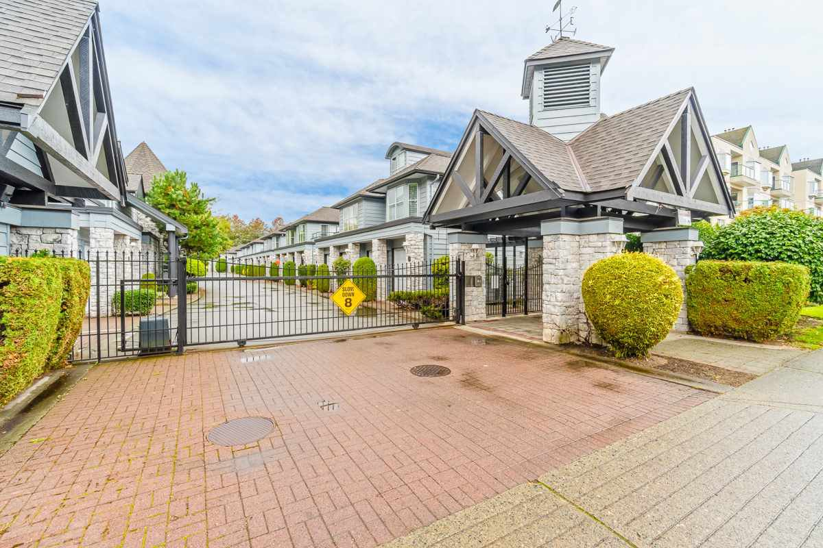 """Main Photo: 24 7695 ST. ALBANS Road in Richmond: Brighouse South Townhouse for sale in """"BRISTOL GARDEN"""" : MLS®# R2301413"""