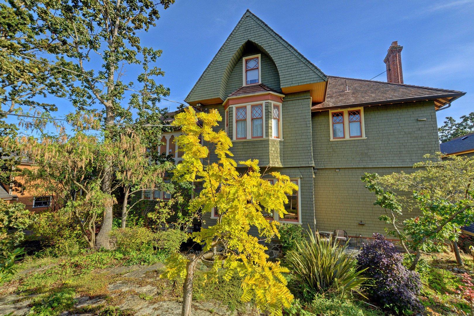 Main Photo: 4 851 Wollaston St in VICTORIA: Es Old Esquimalt Condo for sale (Esquimalt)  : MLS®# 797829