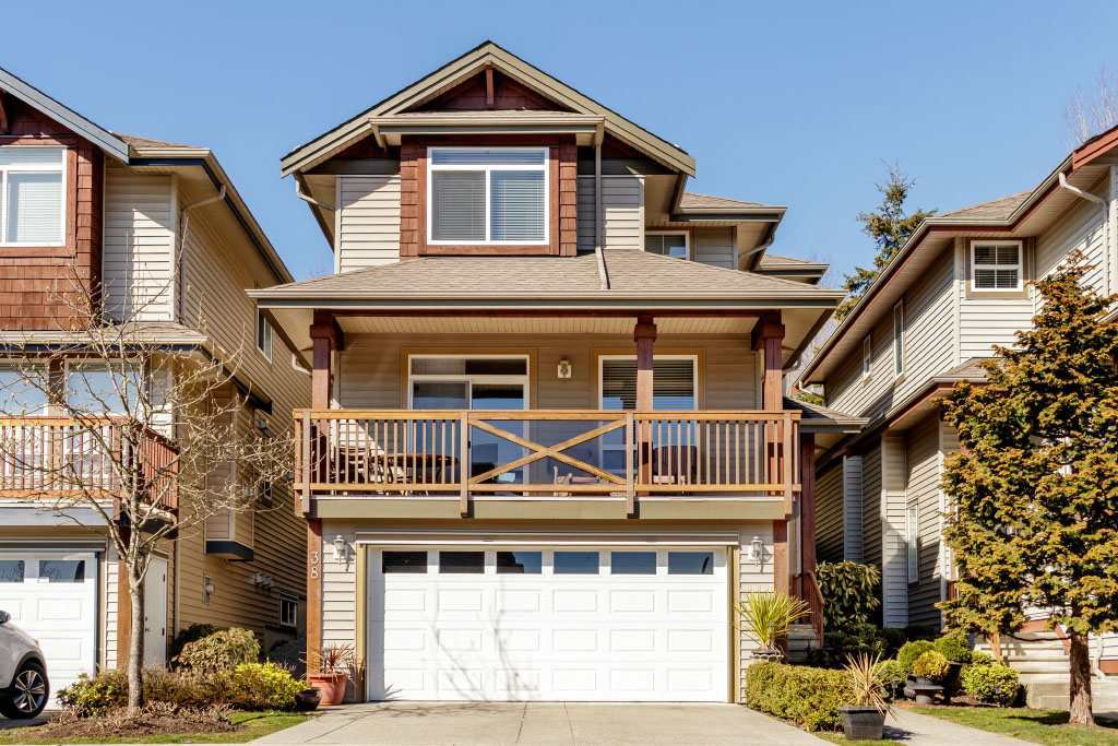 "Main Photo: 38 2287 ARGUE Street in Port Coquitlam: Citadel PQ Townhouse for sale in ""THE PIER"" : MLS®# R2350006"