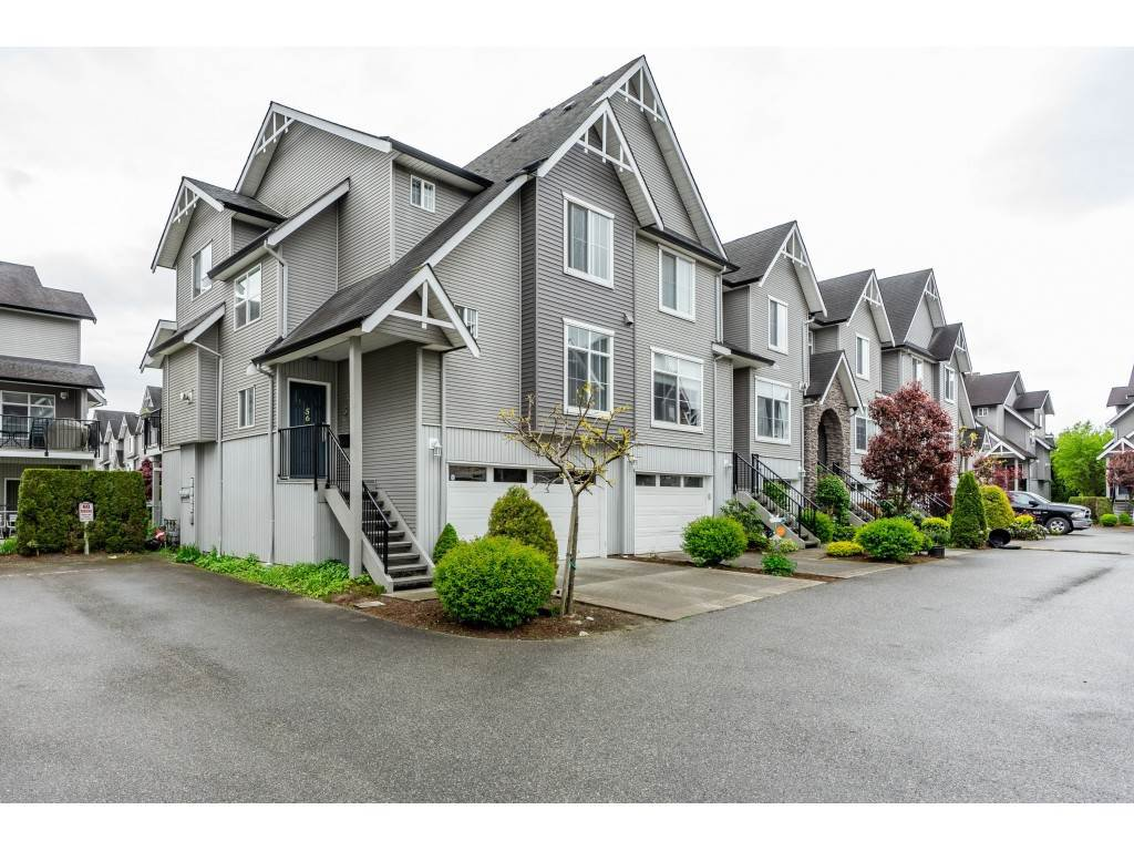 "Main Photo: 56 8881 WALTERS Street in Chilliwack: Chilliwack E Young-Yale Townhouse for sale in ""EDAN PARK"" : MLS®# R2364836"