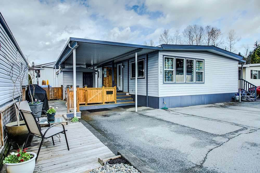 "Main Photo: 115 201 CAYER Street in Coquitlam: Maillardville Manufactured Home for sale in ""WILDWOOD PARK"" : MLS®# R2373363"