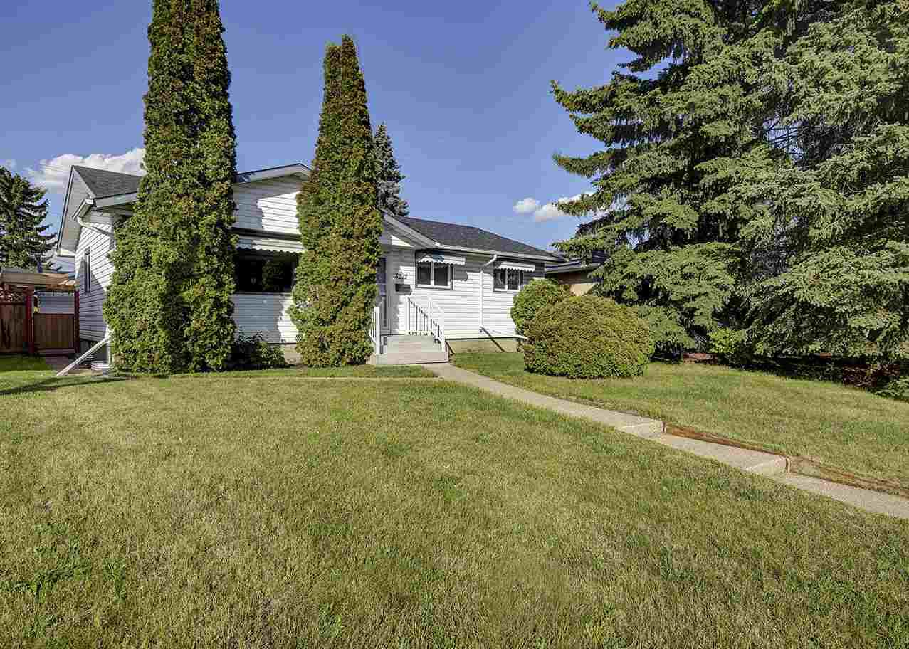 Main Photo: 5212 97A Avenue in Edmonton: Zone 18 House for sale : MLS®# E4162773