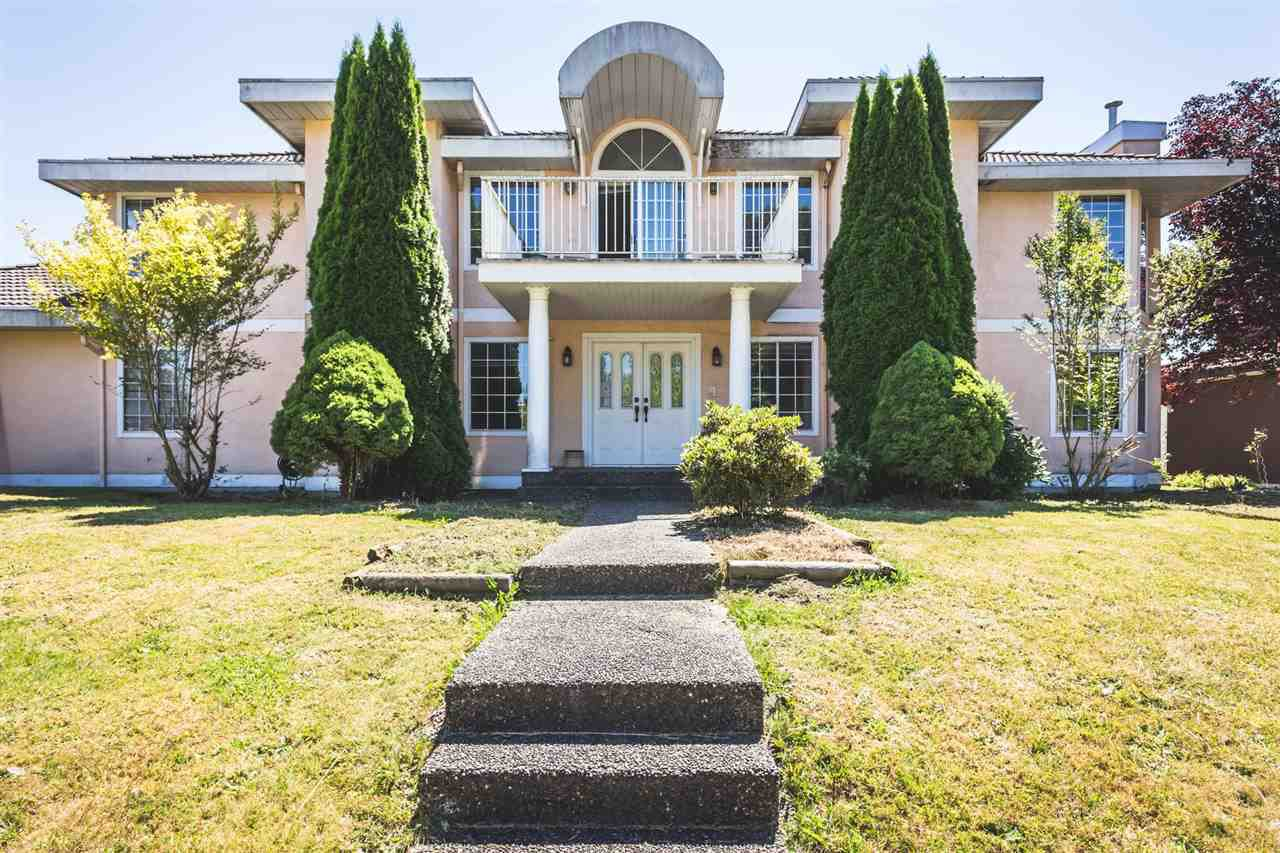 Main Photo: 14172 84 Avenue in Surrey: Bear Creek Green Timbers House for sale : MLS®# R2382821