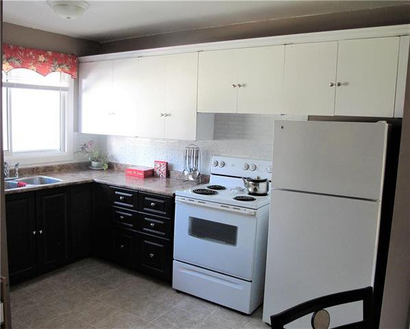 Photo 4: Photos:  in Winnipeg: North Kildonan Condominium for sale (3F)  : MLS®# 1917649