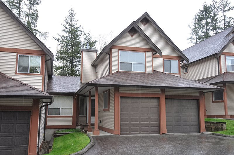 """Photo 19: Photos: 22 23151 HANEY Bypass in Maple Ridge: East Central Townhouse for sale in """"STONEHOUSE ESTATES"""" : MLS®# R2386013"""