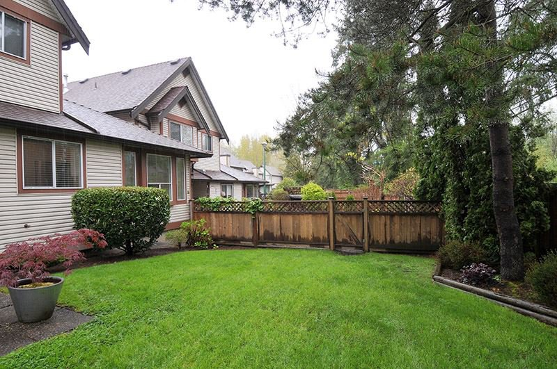 """Photo 16: Photos: 22 23151 HANEY Bypass in Maple Ridge: East Central Townhouse for sale in """"STONEHOUSE ESTATES"""" : MLS®# R2386013"""