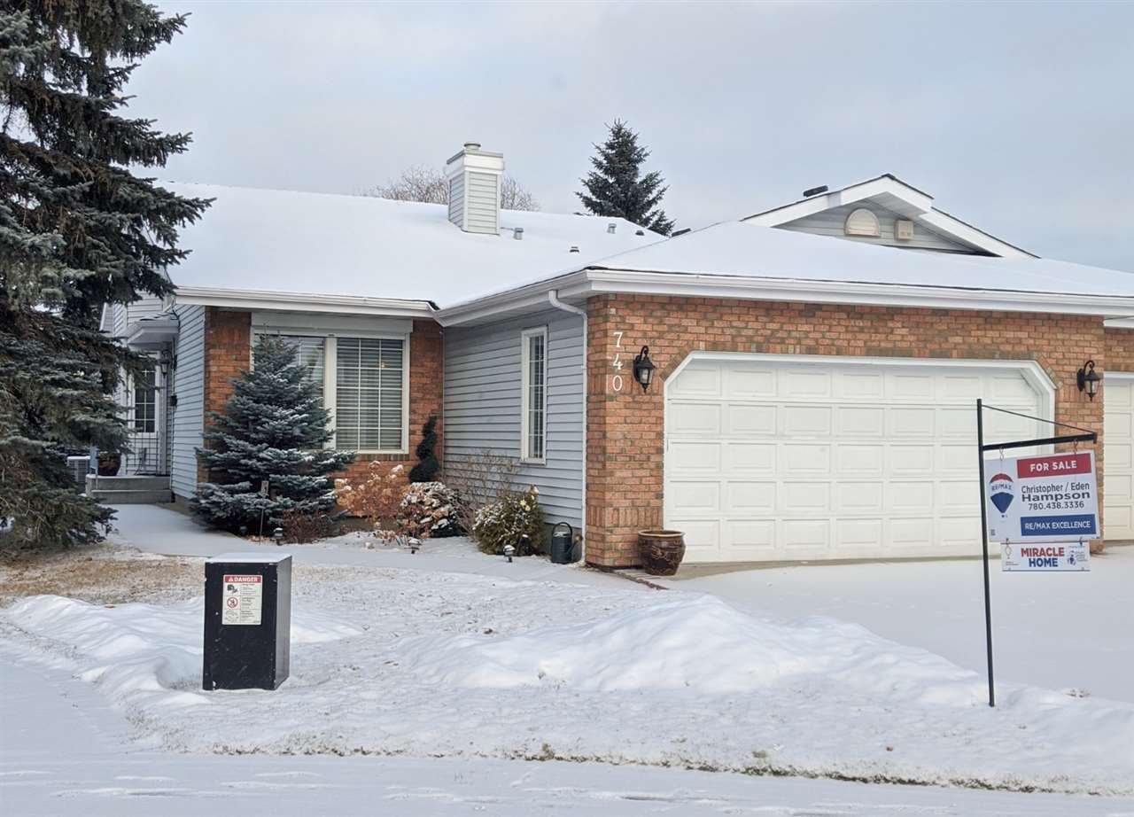 Main Photo: 740 WILKIN Close in Edmonton: Zone 22 House Half Duplex for sale : MLS®# E4165419