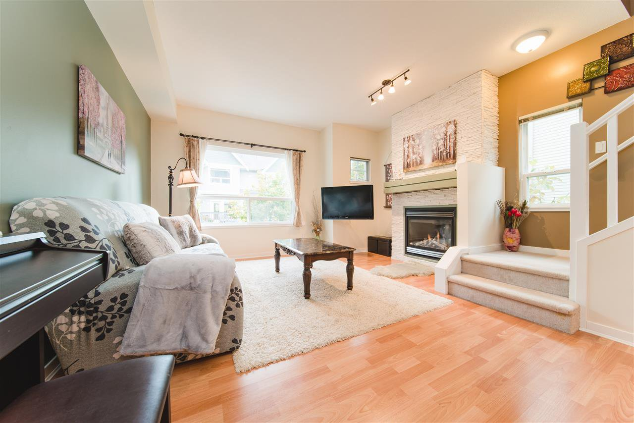 "Main Photo: 51 15065 58 Avenue in Surrey: Sullivan Station Townhouse for sale in ""SPRINGHILL"" : MLS®# R2411473"