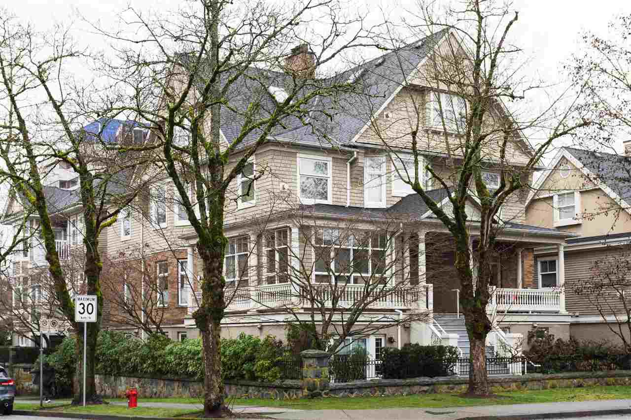 """Main Photo: 105 2588 ALDER Street in Vancouver: Fairview VW Condo for sale in """"BOLLERT PLACE"""" (Vancouver West)  : MLS®# R2436211"""