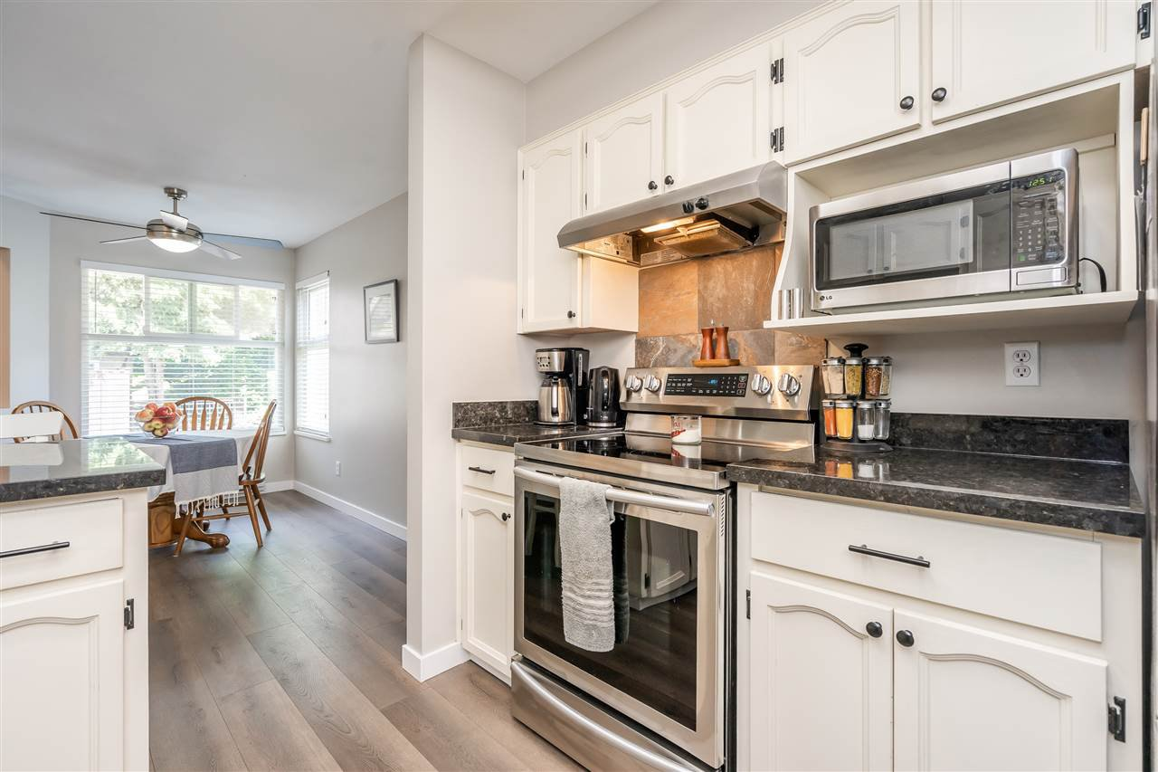 "Photo 5: Photos: 506 11726 225 Street in Maple Ridge: East Central Townhouse for sale in ""Royal Terrace"" : MLS®# R2459104"
