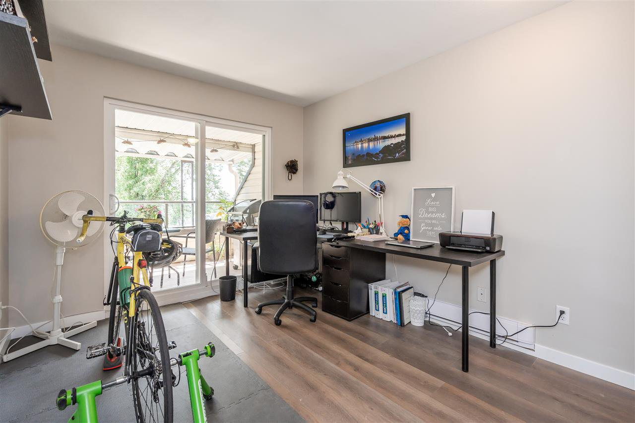"Photo 17: Photos: 506 11726 225 Street in Maple Ridge: East Central Townhouse for sale in ""Royal Terrace"" : MLS®# R2459104"