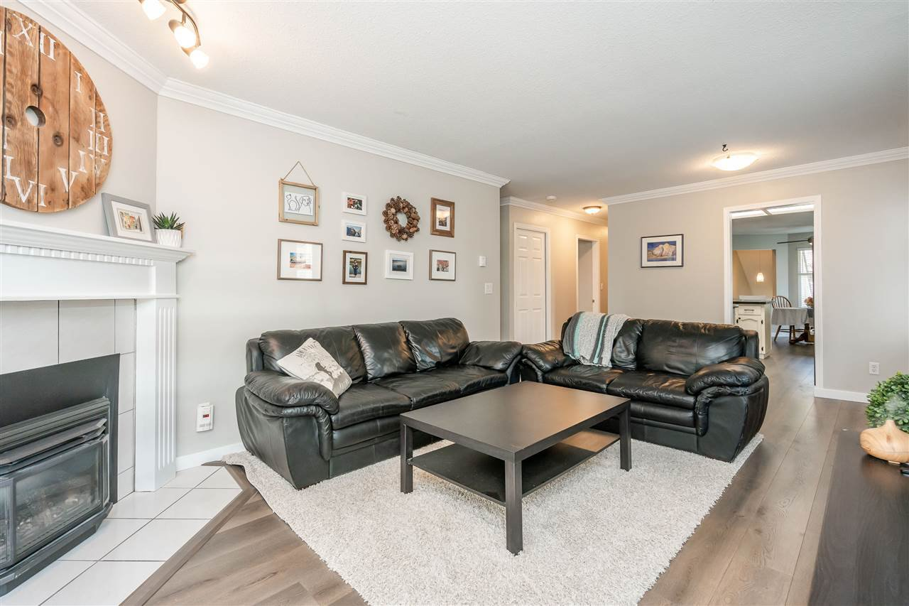 "Photo 12: Photos: 506 11726 225 Street in Maple Ridge: East Central Townhouse for sale in ""Royal Terrace"" : MLS®# R2459104"