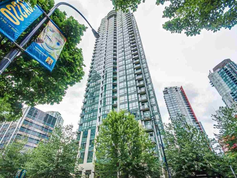 "Main Photo: 710 1239 W GEORGIA Street in Vancouver: Coal Harbour Condo for sale in ""The Venus"" (Vancouver West)  : MLS®# R2493876"