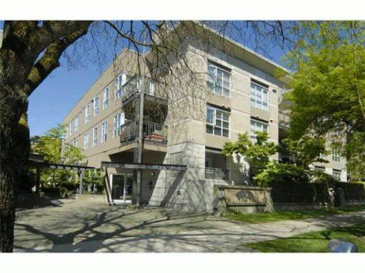 Main Photo: 409 2161 W 12TH Avenue in Vancouver: Kitsilano Condo for sale (Vancouver West)  : MLS®# V884590