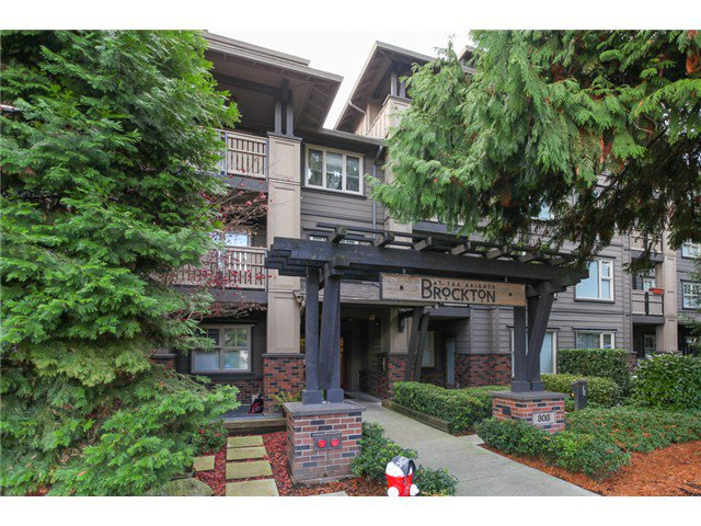 """Main Photo: 414 808 SANGSTER Place in New Westminster: The Heights NW Condo for sale in """"The Brockton"""" : MLS®# V1037490"""