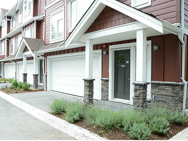 """Main Photo: 17 2183 PRAIRIE Avenue in Port Coquitlam: Glenwood PQ Townhouse for sale in """"VILLAGE GREEN"""" : MLS®# V1094746"""