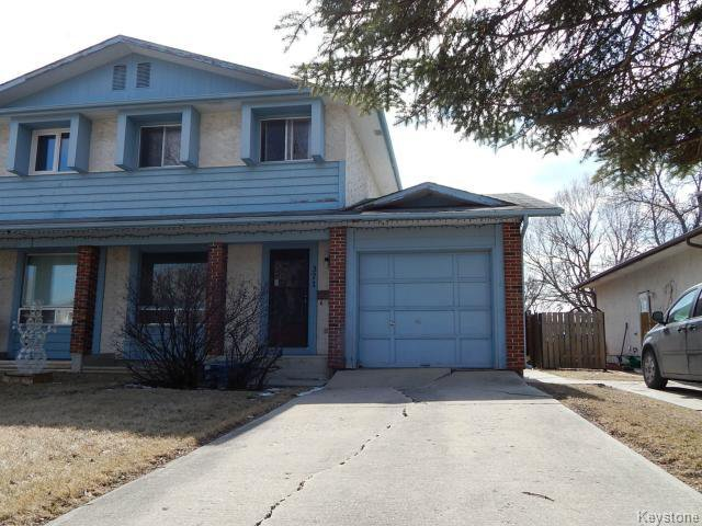 Main Photo: 371 Barker Boulevard in WINNIPEG: Charleswood Residential for sale (South Winnipeg)  : MLS®# 1506087