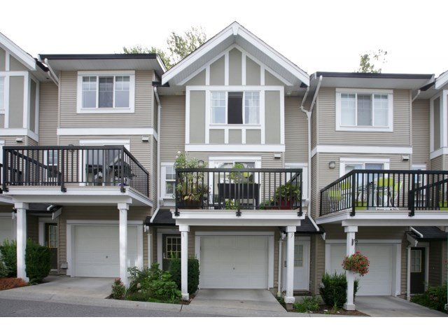 "Photo 1: Photos: 76 20176 68 Avenue in Langley: Willoughby Heights Townhouse for sale in ""Steeplechase"" : MLS®# F1450205"