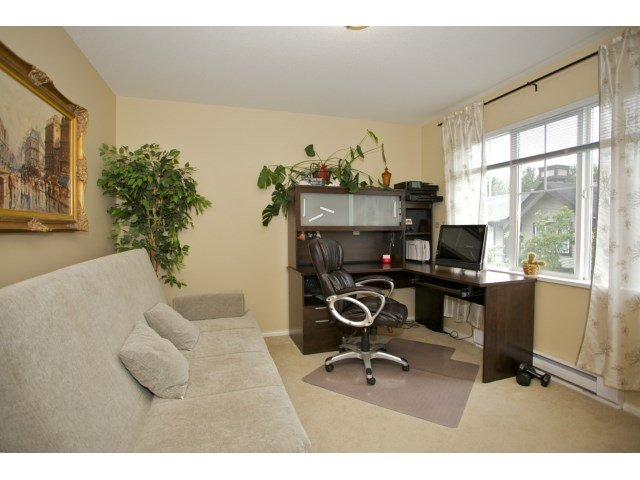 "Photo 15: Photos: 76 20176 68 Avenue in Langley: Willoughby Heights Townhouse for sale in ""Steeplechase"" : MLS®# F1450205"