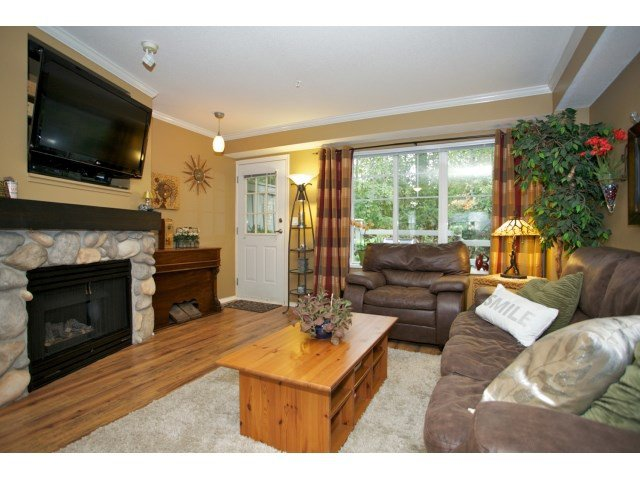 "Photo 2: Photos: 76 20176 68 Avenue in Langley: Willoughby Heights Townhouse for sale in ""Steeplechase"" : MLS®# F1450205"