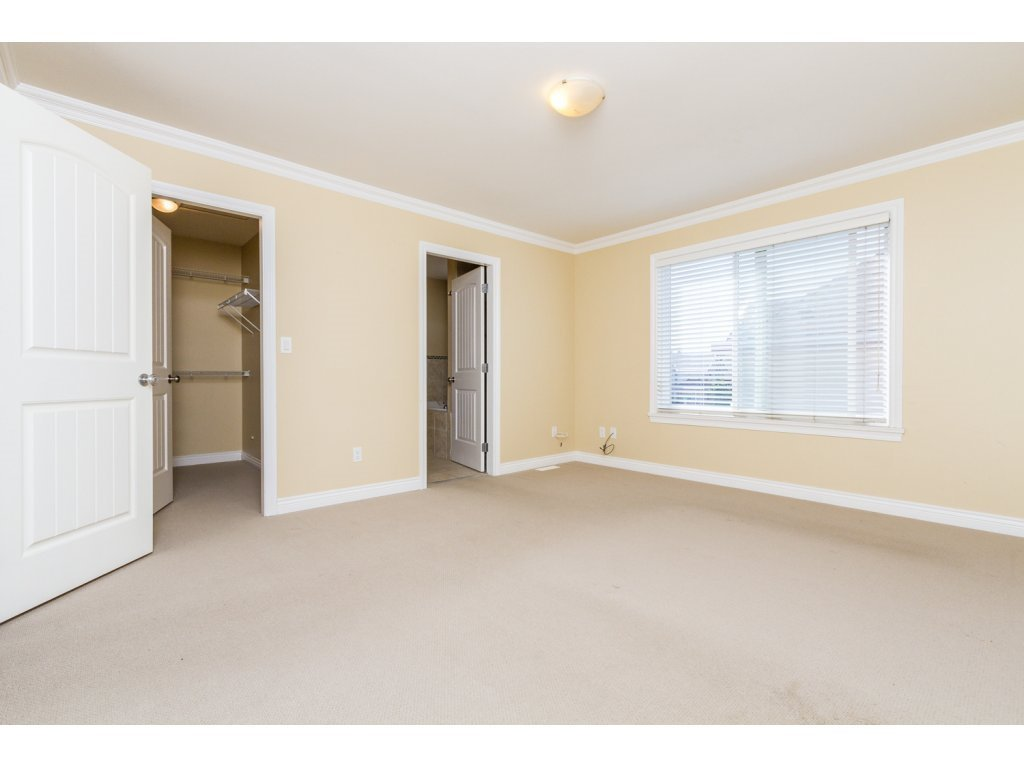Photo 10: Photos: 6803 192ND Street in Surrey: Clayton House for sale (Cloverdale)  : MLS®# R2099785