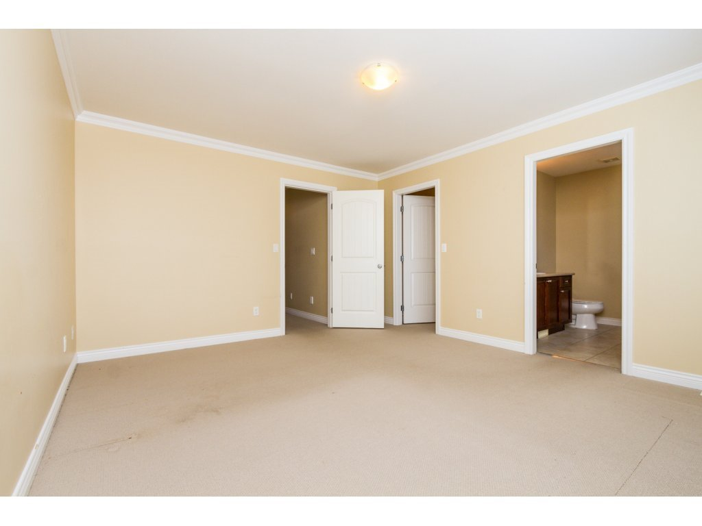 Photo 11: Photos: 6803 192ND Street in Surrey: Clayton House for sale (Cloverdale)  : MLS®# R2099785