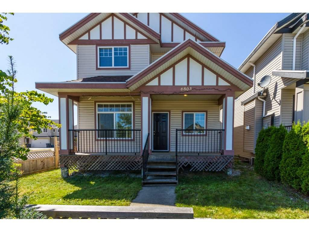 Photo 2: Photos: 6803 192ND Street in Surrey: Clayton House for sale (Cloverdale)  : MLS®# R2099785