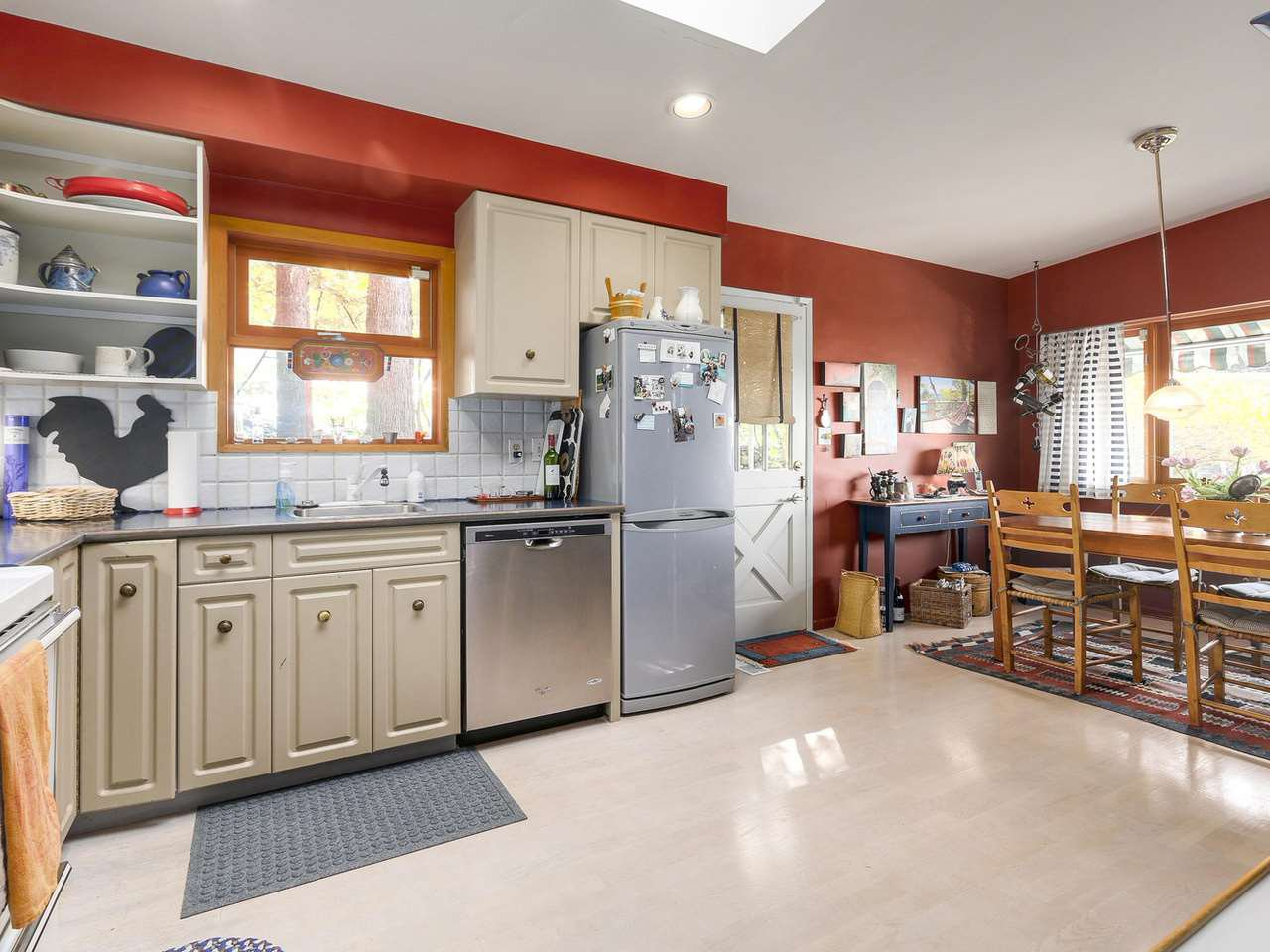 """Photo 7: Photos: 868 PROSPECT Avenue in North Vancouver: Canyon Heights NV House for sale in """"Canyon Heights"""" : MLS®# R2156117"""