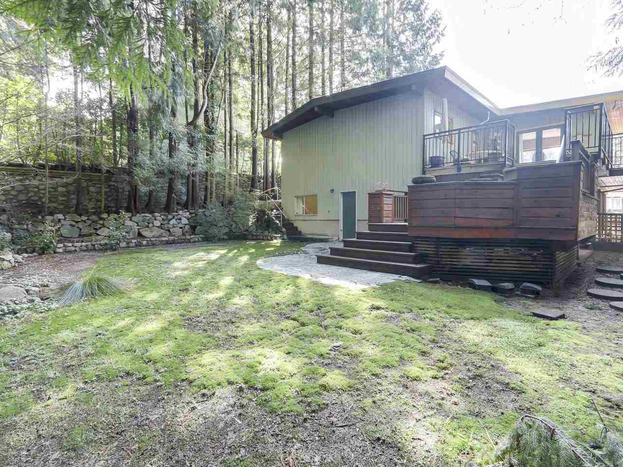 """Photo 19: Photos: 868 PROSPECT Avenue in North Vancouver: Canyon Heights NV House for sale in """"Canyon Heights"""" : MLS®# R2156117"""