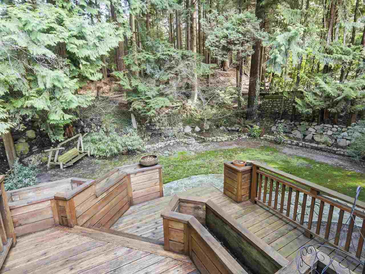 """Photo 18: Photos: 868 PROSPECT Avenue in North Vancouver: Canyon Heights NV House for sale in """"Canyon Heights"""" : MLS®# R2156117"""