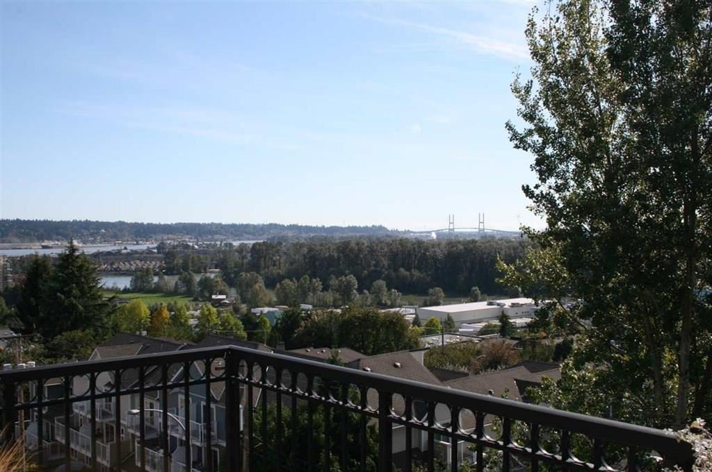 "Photo 2: Photos: 307 580 TWELFTH Street in New Westminster: Uptown NW Condo for sale in ""THE REGENCY"" : MLS®# R2193816"