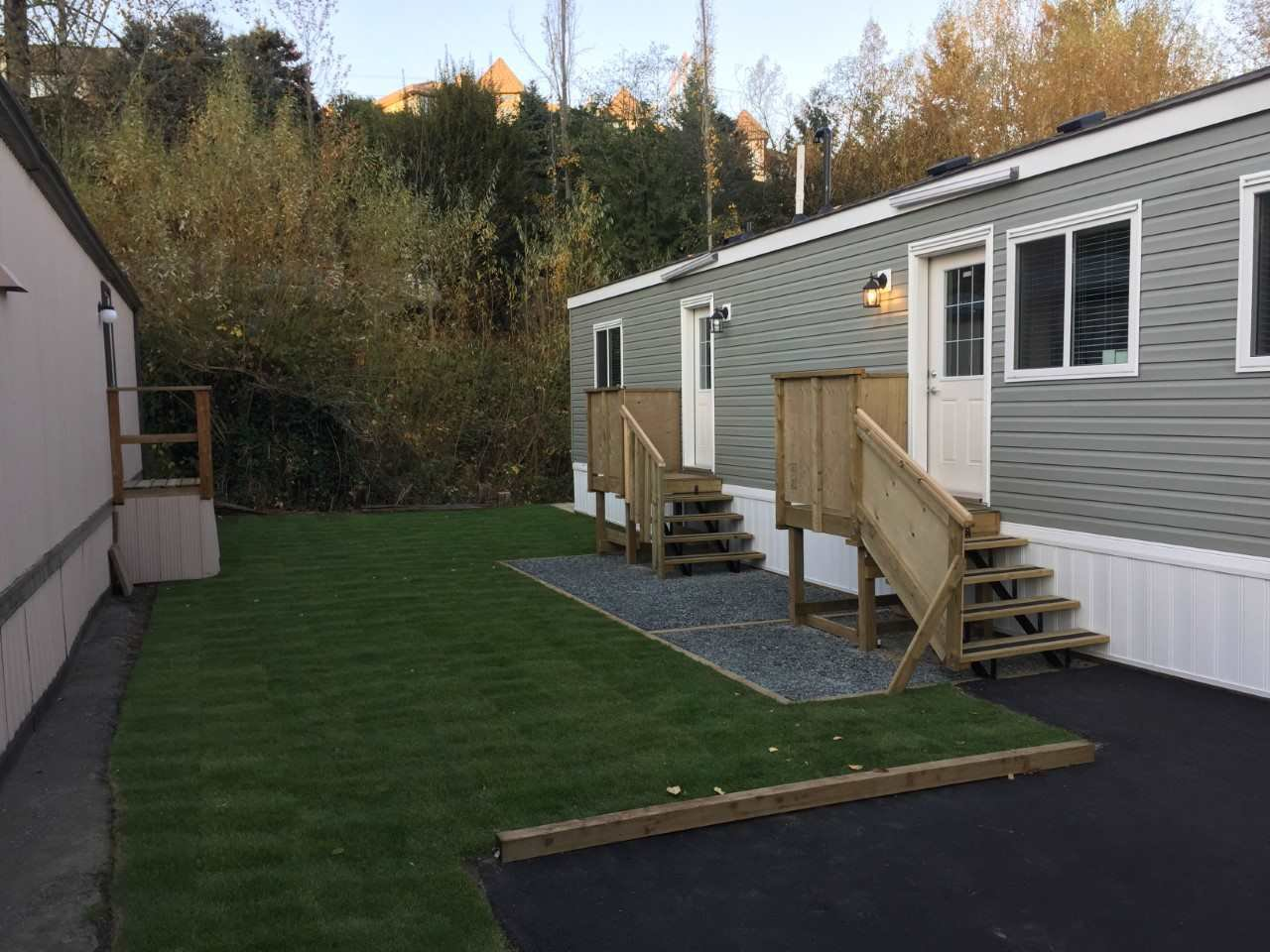 """Main Photo: 67 3300 HORN Street in Abbotsford: Central Abbotsford Manufactured Home for sale in """"Georgian Park"""" : MLS®# R2211954"""