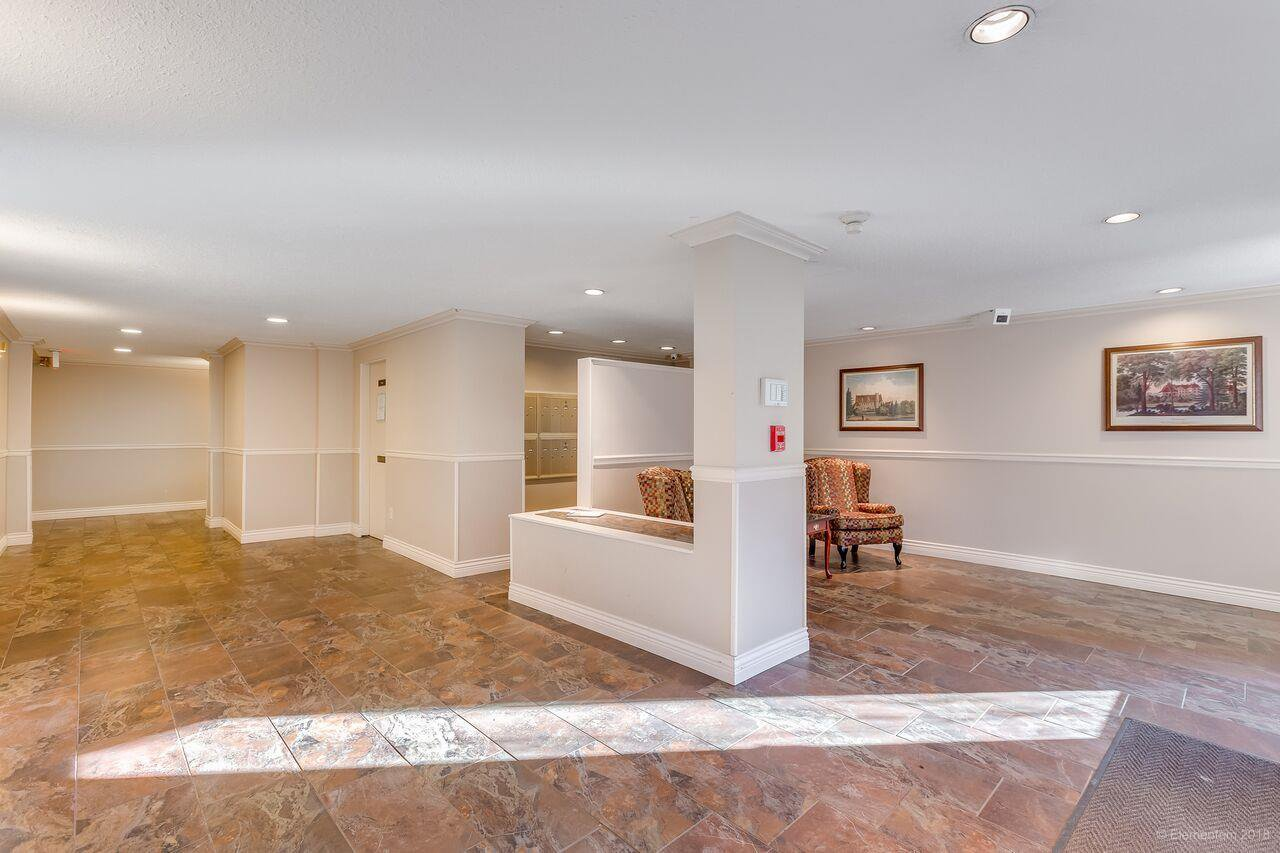 "Photo 19: Photos: 402 1655 NELSON Street in Vancouver: West End VW Condo for sale in ""HEMPSTEAD MANOR"" (Vancouver West)  : MLS®# R2330394"