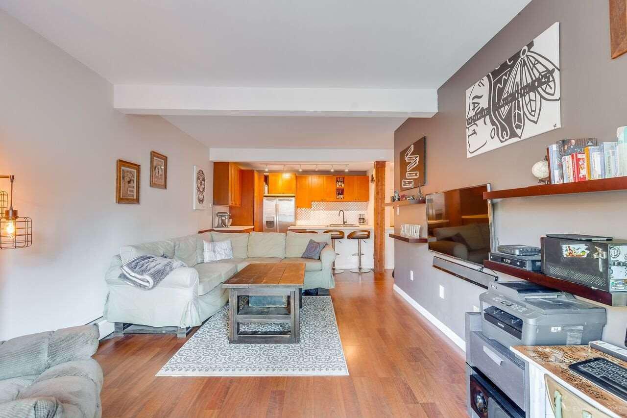 "Photo 13: Photos: 402 1655 NELSON Street in Vancouver: West End VW Condo for sale in ""HEMPSTEAD MANOR"" (Vancouver West)  : MLS®# R2330394"