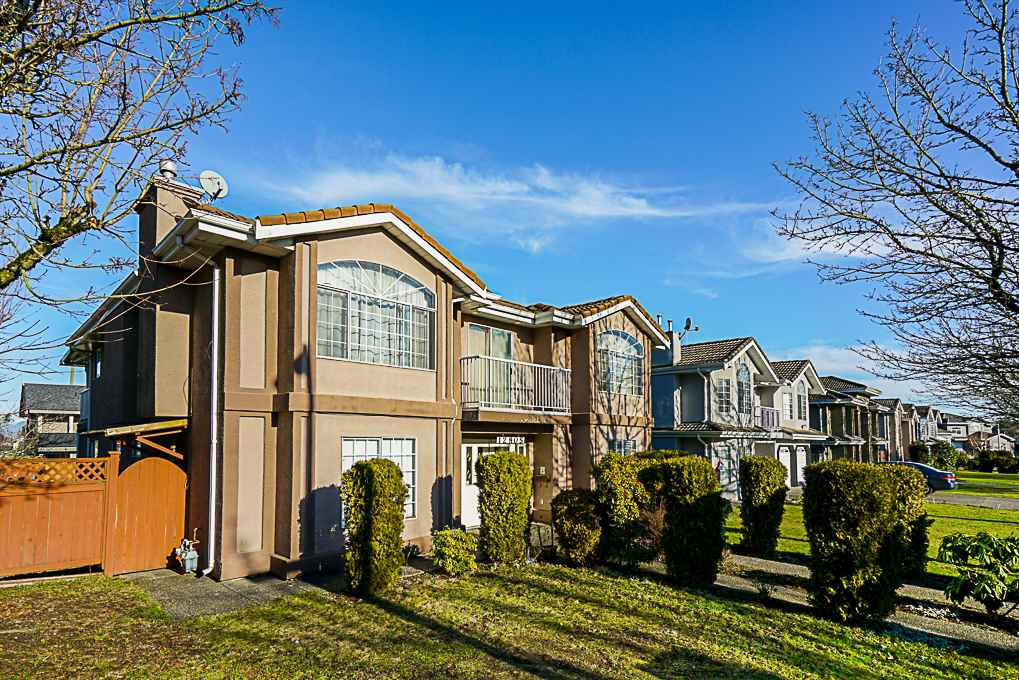 Main Photo: 12805 63B Avenue in Surrey: Panorama Ridge House for sale : MLS®# R2331706