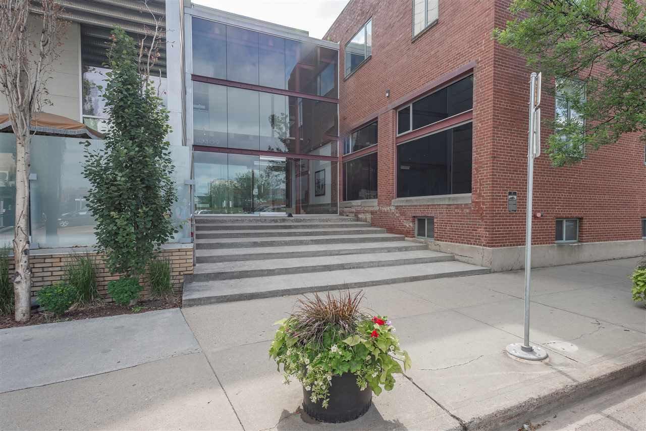 Main Photo: 136 10309 107 Street in Edmonton: Zone 12 Condo for sale : MLS®# E4163127