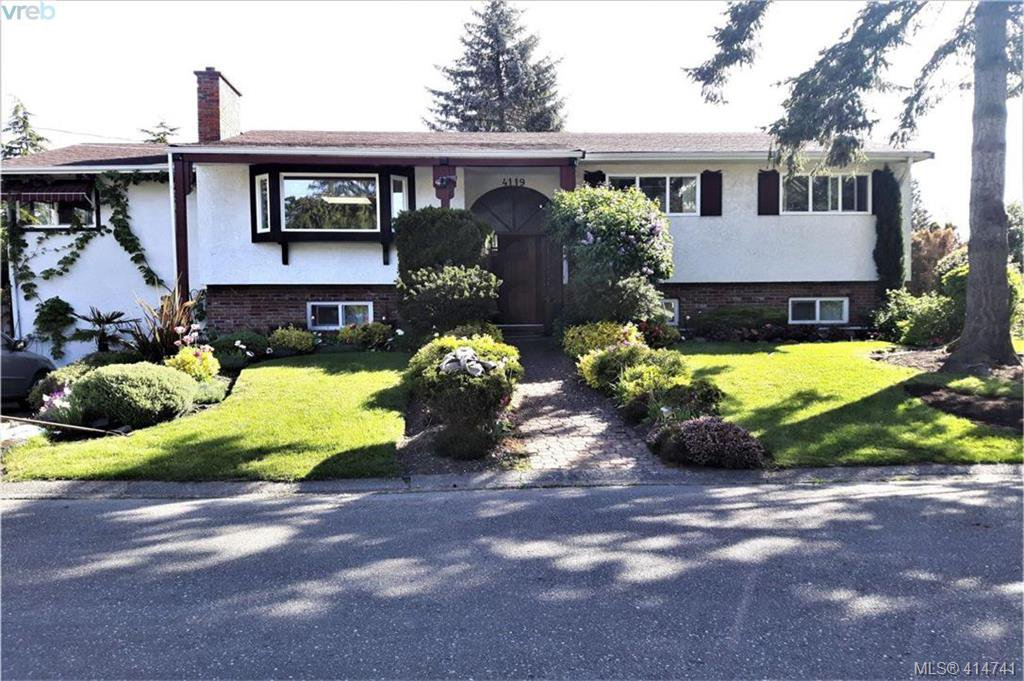 Main Photo: 4119 Ambassy Place in VICTORIA: SE Lake Hill Single Family Detached for sale (Saanich East)  : MLS®# 414741