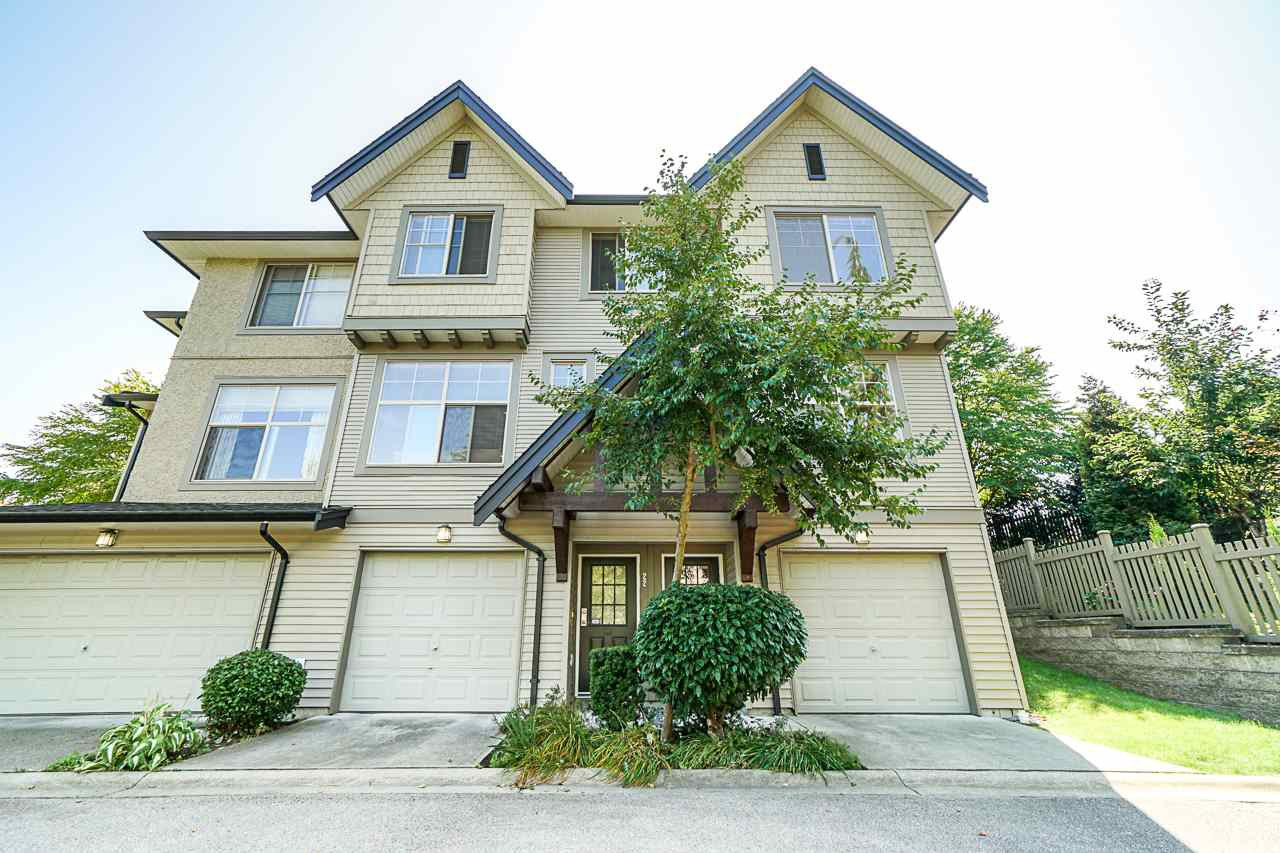 "Main Photo: 123 15152 62A Avenue in Surrey: Sullivan Station Townhouse for sale in ""Uplands"" : MLS®# R2397326"