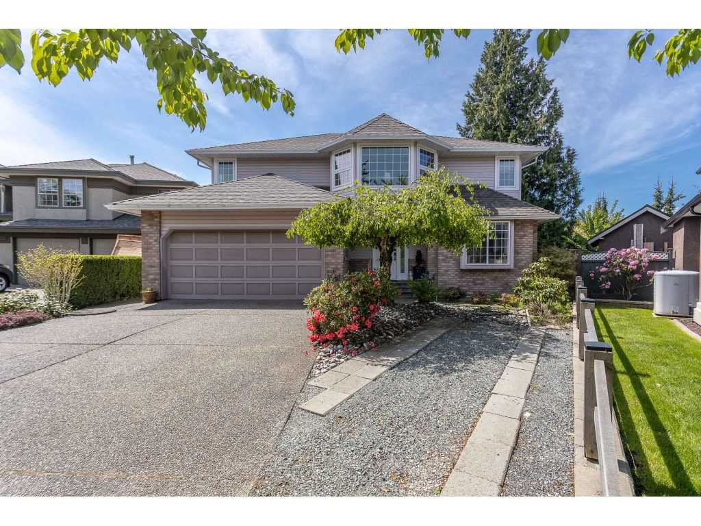 "Main Photo: 9315 207 Street in Langley: Walnut Grove House for sale in ""Greenwood Estates - Central Walnut Grove"" : MLS®# R2454039"